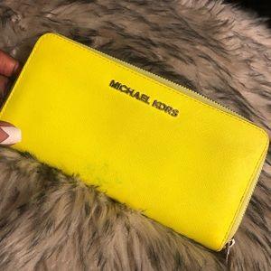 Michael Kors Wallet Neon Green